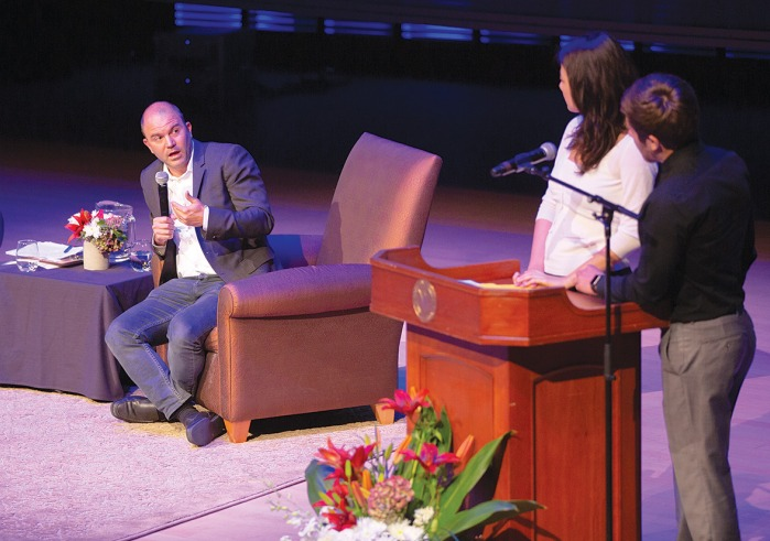 Ben Rhodes engages questions from Soka students